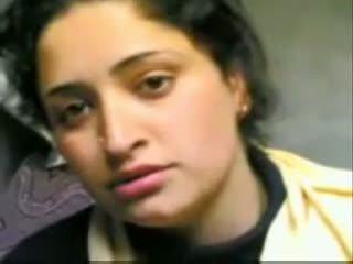 Ινδικό kashmiri κορίτσι giving τσιμπούκι και γαμήσι με bf
