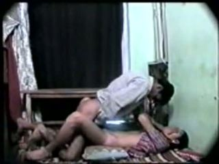 Desi インディアン 女の子 最初の 時間 セックス とともに 彼女の boyfriend-on カム