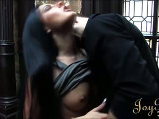 Joybear a seksuālā photoshoot