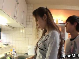 Anri suzuki jepang beauty engulfing