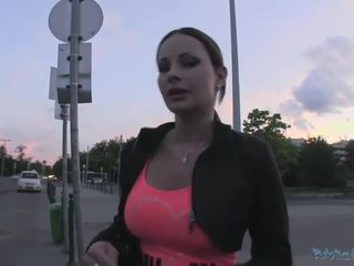 Beauty abbie gains hotovost a gets fucked