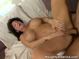 हॉर्नी मिल्फ deauxma gets एक ताजा load की कम में उसकी मुंह