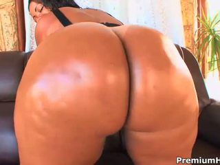脂肪 rod enters 她的 肛門