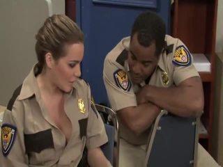 Greu porno trailer reno 911 bobbi starr, jada foc, jessica lynn, natasha frumos, sophie dee, stephanie cane, violet monroe