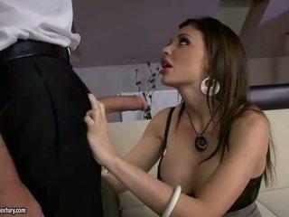 श्यामला, कट्टर सेक्स, ओरल सेक्स