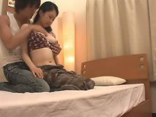 Japonská maminka likes ji stepson a množství video