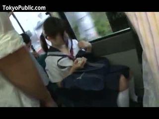 Jepang school babes get cumshots publik