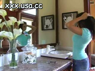 Geil overspel vrouw shows haar passion gedurende hardc