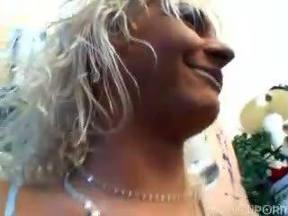 blondjes, dronken, mmf