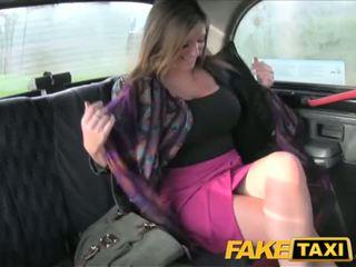 Faketaxi to tits bé takes nó từ phía sau - khiêu dâm video 591