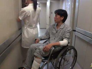 Hikaru ayami o a fumar incrível chinesa enfermeira has feito amor grande