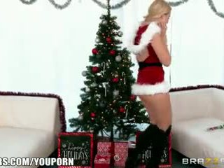 Brazzers - Samantha Rone loves Christmas and cock