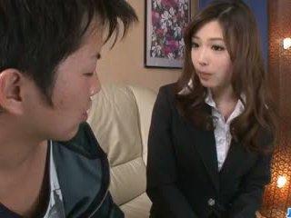 调皮 办公室 口交 由 性感 aiko hirose: 自由 色情 22