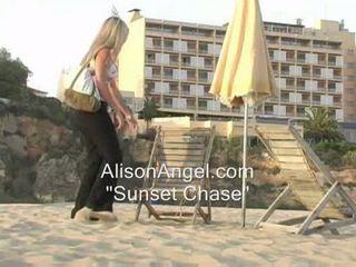 beach online, flashing hot, teasing nice
