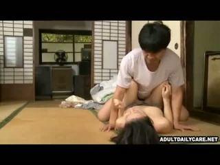 Japonsko hiša služkinja 001