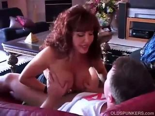 brunetka, seks oralny, robienie loda