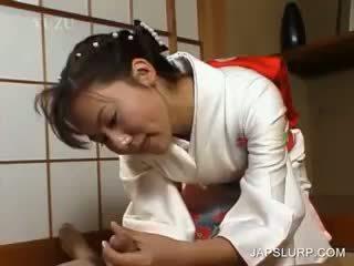日本語 geisha rubbing 公雞