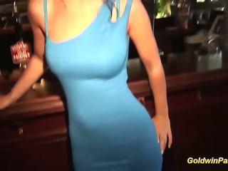 Beautie picked omhoog voor seks in publiek