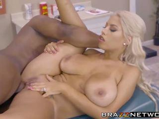 blondīnes, big boobs, brazzers