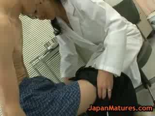 Krāšņa pieauguša natsumi kitahara does