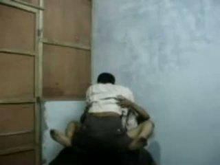 Bangla raand blackmailing cô ấy khách hàng vì giới tính