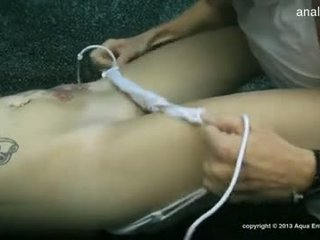 Pechugona gf accidental anal