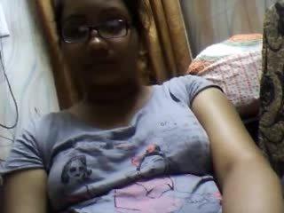 Bangla desi dhaka ragazza sumia su webcam