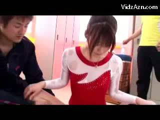 Prawan in gymnast sugih getting massaged with oil burungpun rubbed by her trainer in the lemari kamar