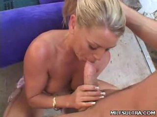 hardcore sex, milf sex, mamička