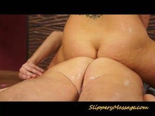 Massage pro babe takes lul