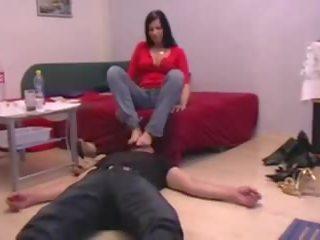 Fetis fete comandă guys pentru linge lor picioare: gratis hd porno 27