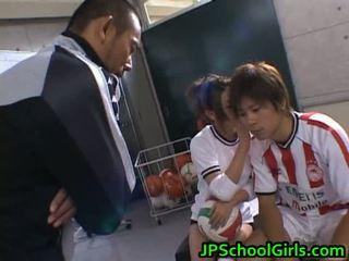 Hübsch nackt asiaten schoolgirls