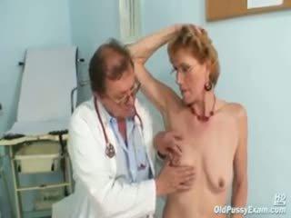 Gaya old lady mila needs gyno clinic examination