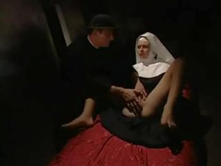 Nonne anal spaß