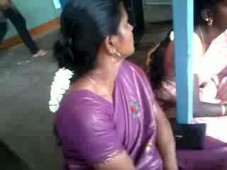 Satén seda saree aunty, gratis india porno vídeo 61