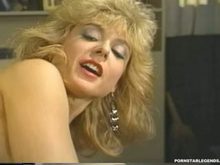Jong nina hartley in hardcore klassiek neuken: hd porno 23