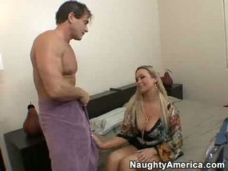 Abbey brooks fucks su friends marido