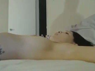 熱 小雞 tied 向上 在 床 而 getting 硬 他媽的: 色情 2e