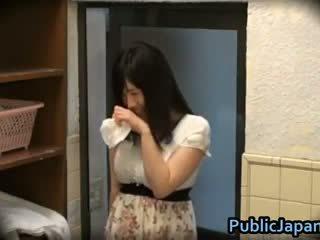Azusa nagasawa karštas japoniškas gangbangs 1