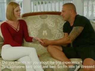 De virgin shows haar maagdenvlies naar de guy. hij licks het en fucks het! fantastisch blondine tiener meisje.