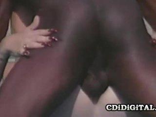 Lynn lemay ретро блонди pleasing a чорна dong