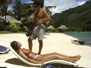 Belle bolivia samsonite fucks en cul