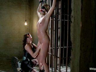 Maitresse madeline покарана і трахкав і hazed в як директор з whipped дупа по принцеса donna