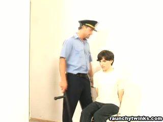שובבי b-y arrested ו - מזוין