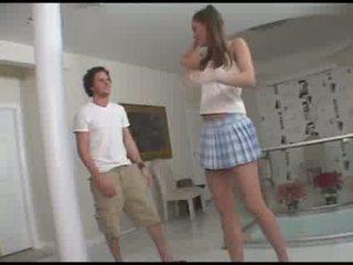 Ťažký fajčenie od a 18 years starý dievča video