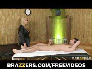 Blondine hoer gets bips stretched