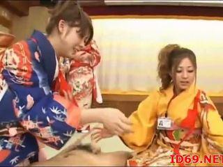 Japonské av modelka zadok nahmatané