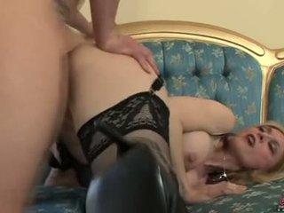 Bitchy sexy momma nina hartley acquires awesomely attacked von ein schwanz aus hinter