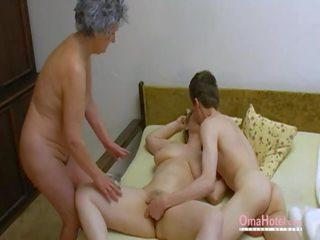 Omahotel tua seks tiga orang berbulu dewasa masturbation: porno 0d