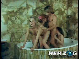 Herzog 視頻 josefine mutzenbacher 葡萄收穫期 色情